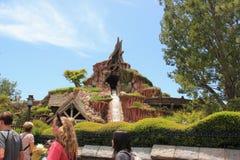 Montaña del chapoteo en Disneyland Foto de archivo libre de regalías