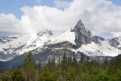Montaña del Gunsight en el Parque Nacional Glacier, Montana Foto de archivo