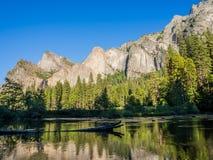 Montaña del parque nacional de Yosemite en California Fotografía de archivo libre de regalías