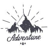 Montaña del vector con textura Ejemplo del bosquejo con cita stock de ilustración