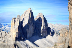 Montaña Drei Zinnen y panorama de las dolomías de Sexten en el Tyrol del sur Fotos de archivo libres de regalías
