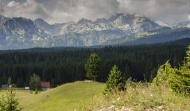 Montaña Durmitor en Montenegro Imagenes de archivo