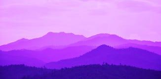 Montaña en la puesta del sol Imágenes de archivo libres de regalías