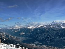 Montaña en nieve Imagen de archivo libre de regalías