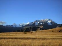 Montaña en Perú Fotos de archivo libres de regalías
