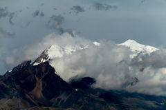 Montaña en tormenta Fotografía de archivo libre de regalías