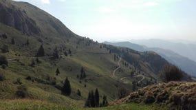 Montaña ligera Imagenes de archivo