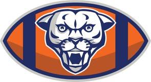 Montaña Lion Football Ball Retro del puma Imagen de archivo libre de regalías