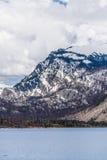 Montaña magnífica de Wyoming de los tetons en el lago de Jackson Imagen de archivo libre de regalías