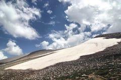 Montaña magnífica Nevado Fotos de archivo libres de regalías