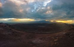 Montaña roja en Blanca de Playa - Lanzarote - Canarias imagen de archivo libre de regalías