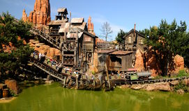 Montaña rusa - Disneylandya París Fotografía de archivo libre de regalías