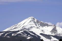 Montaña solitaria Foto de archivo libre de regalías