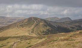 Montaña solitaria del canto Fotos de archivo