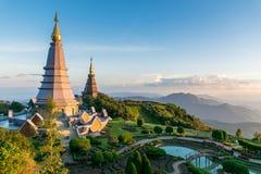 Montaña Tailandia de dos pagodas Fotos de archivo