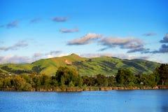 Montaña verde Fotos de archivo libres de regalías
