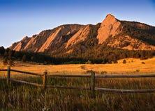 Montaña Vista de Flatiron Fotos de archivo