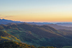 Montaña y bosque Imagen de archivo