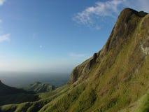 Montaña y el valle Imagen de archivo libre de regalías