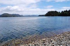 Montaña y lago Imagen de archivo libre de regalías