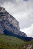 Montaña y teleférico imagenes de archivo