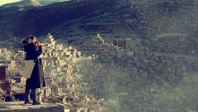 Montaña y templo de la nieve imagenes de archivo