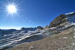 Montaña Zugspitze, Alemania de la nieve. Fotos de archivo libres de regalías