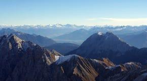 Montaña Zugspitze, Alemania de la nieve. Imagen de archivo libre de regalías