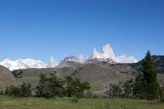 Montañas 2 de Chalten y de Fitz Roy Foto de archivo libre de regalías