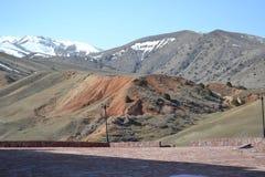 Montañas.  Foto de archivo