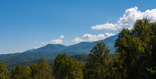 Montañas ahumadas Imágenes de archivo libres de regalías