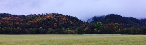 Montañas ahumadas Foto de archivo libre de regalías
