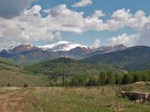 Montañas alrededor de la cala del lisiado foto de archivo libre de regalías
