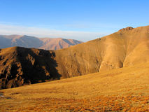 Montañas amarillas Imagen de archivo libre de regalías