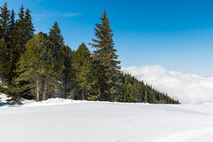 Montañas austríacas en el invierno Imagenes de archivo