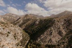 Montañas cerca de la barra vieja, Montenegro imágenes de archivo libres de regalías