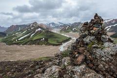 Montañas coloridas de Landmanallaugar, en la naturaleza Rese de Fajllabak Fotos de archivo