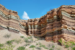 Montañas coloridas de Quebrada de las Conchas, la Argentina Imagen de archivo libre de regalías