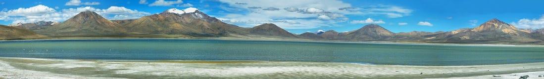 Montañas coloridas en Salar de Surire Foto de archivo libre de regalías