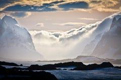 Montañas coronadas de nieve en Ant3artida Imágenes de archivo libres de regalías