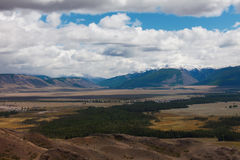 Montañas de Altai Paisaje hermoso de la montaña Rusia siberia Fotos de archivo libres de regalías