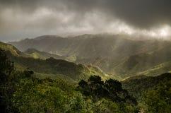 Montañas de Anaga en las nubes Foto de archivo
