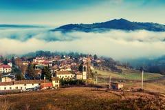 Montañas de Apennines, Italia Imagen de archivo libre de regalías