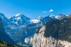 Montañas de Breithorn y de Bernese Fotografía de archivo libre de regalías