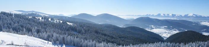 Montañas de Cárpatos Fotos de archivo libres de regalías