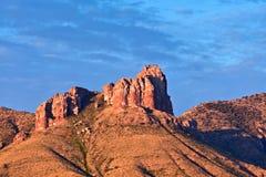 Montañas de Chisos en la subida del sol Fotos de archivo libres de regalías