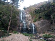 Montañas de Kodaikanal, cascada imagen de archivo libre de regalías