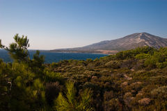 Montañas de la costa Foto de archivo libre de regalías