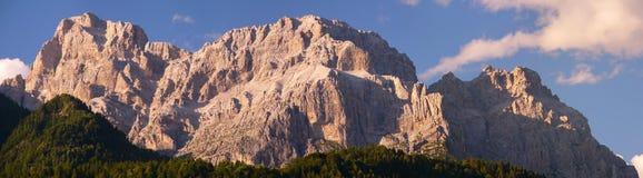 Montañas de la dolomía Foto de archivo libre de regalías