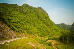 Montañas de la isla de Catba Fotografía de archivo